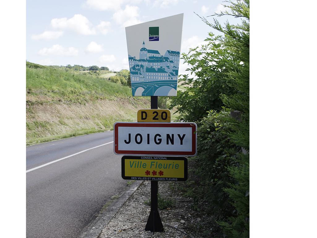 Signal tique d 39 accueil for Piscine de joigny